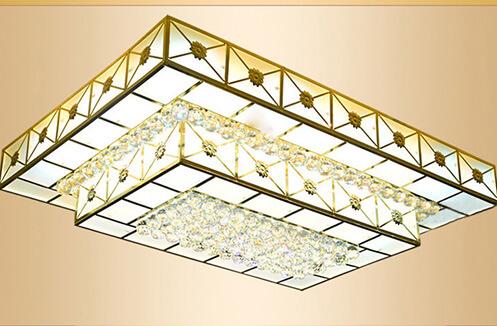 Mẫu đèn ốp trần trang trí giá 5 - 10 triệu